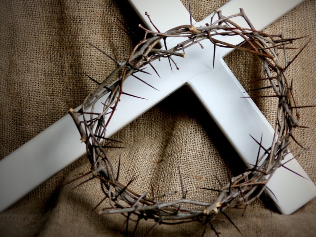 Easter SundayCross and crown of thorns Church Services